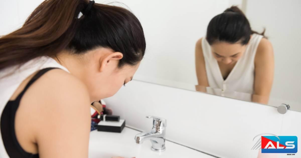 ¿Cómo-elegir-un-tamaño-de-espejo-del-baño-sobre-el-lavabo